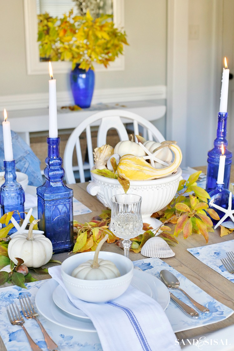 blue-and-yellow-fall-tablescape