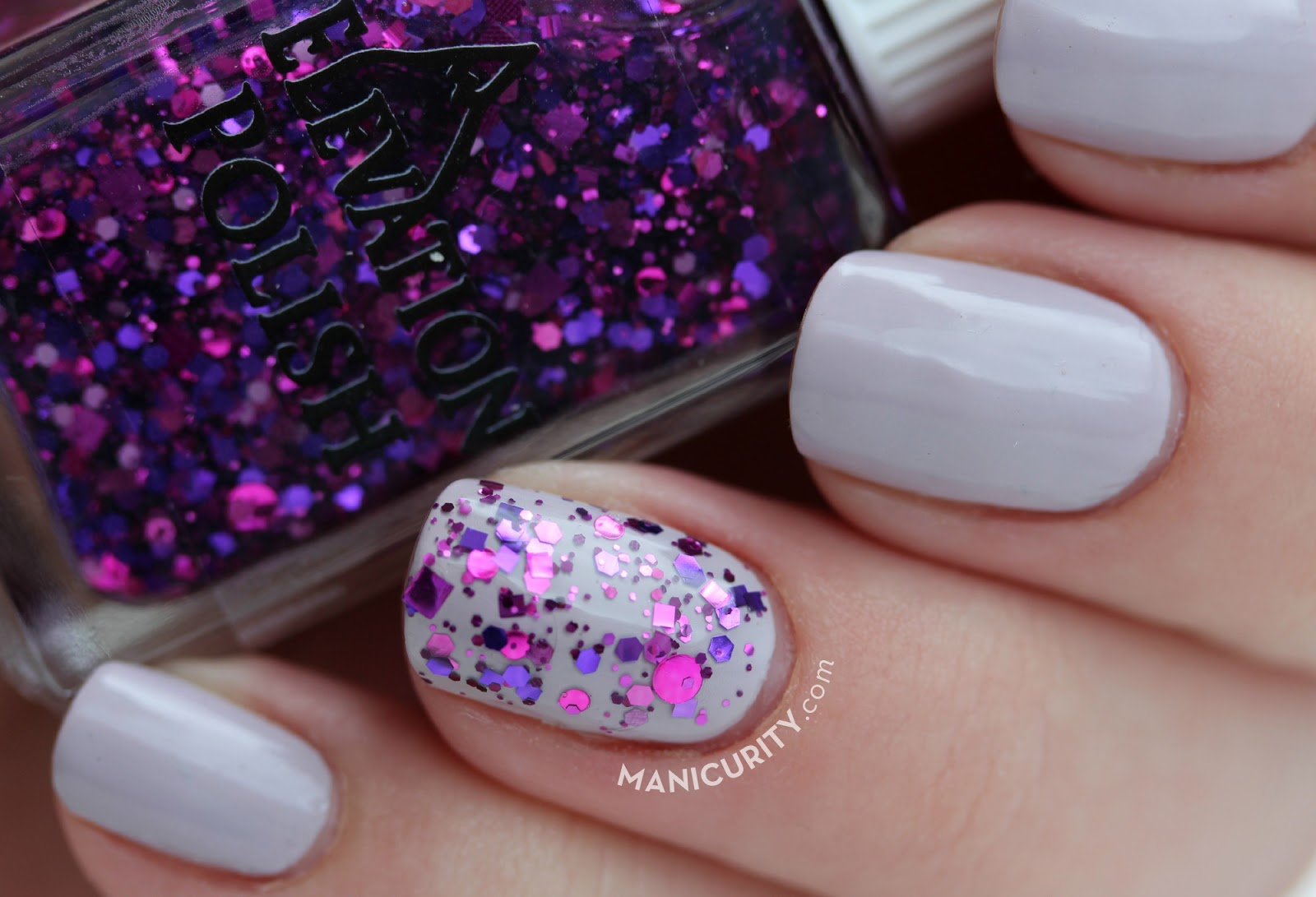 classic-glitter-accent-mani-china-glaze-sweet-as-air-with-elevation-polish-pata-puffer-ii-nails-nail-art-diy-simple-nail-ideas3