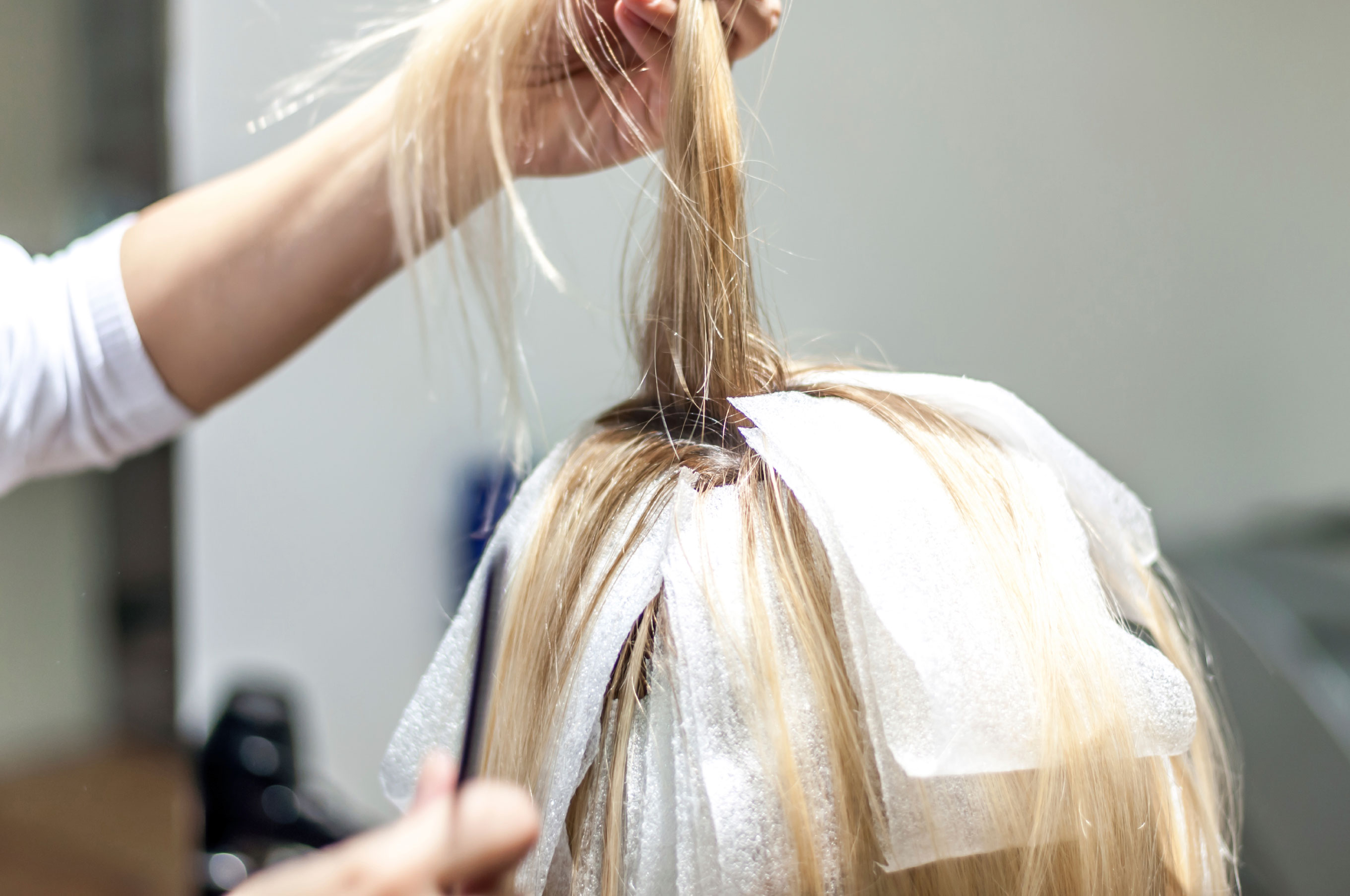 02-13-things-your-hairstylist-wont-tell-you-bleach