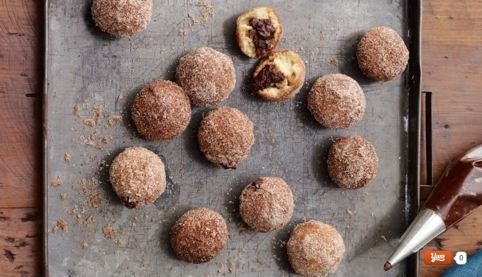brownie-filled-doughnut-holes