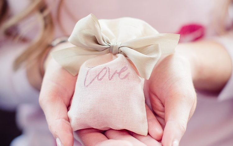 Photo of 10 DIY Adorable Crafts to Make for Valentine's Day