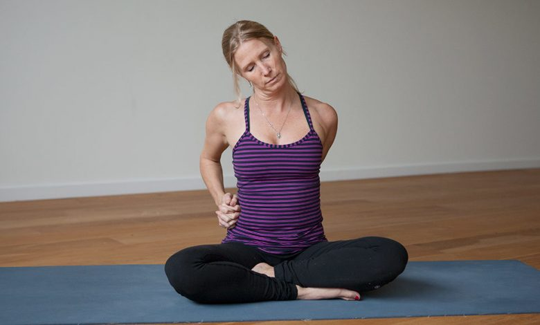 Photo of 7 Yoga Poses To Relieve Neck Pain