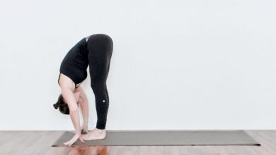 Photo of 15 Yoga-Inspired Post-Workout Poses For Muscle Soreness